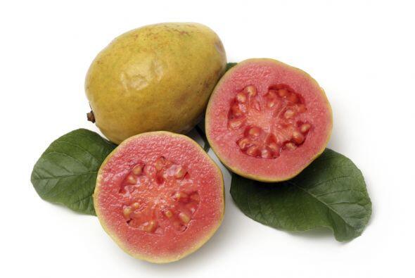 Guayaba. Su sabor podría recordarte a las fresas o a las peras. L...