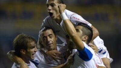 Nacional profundizó la crisis de Boca Juniors al derrotarle por 0-1 en '...