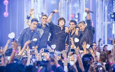 Los chicos de CNCO se apoderan del escenario para enamorar a sus fan&aac...