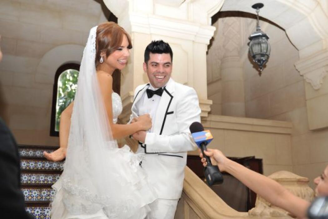 Alejandra quiso una boda pequeña y familiar y 45 familiares suyos viajar...