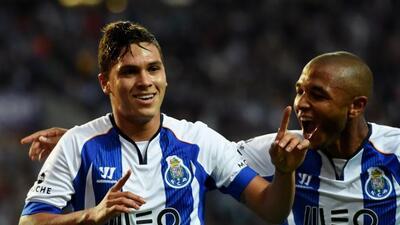 Los 'Dragones' pasaron apuros, pero con el gol de Quintero ganaron.