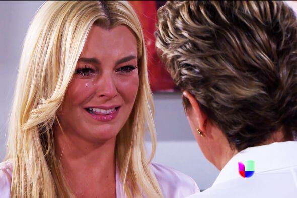 Lo ves Sofía, lloras solamente al pensar que no te casarás por amor. ¡De...