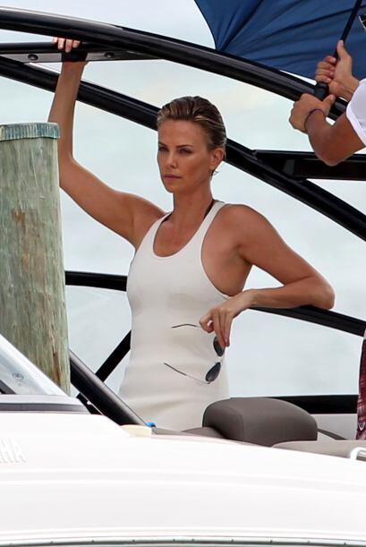 La actriz de 38 años se ve impactante. Mira aquí los video...