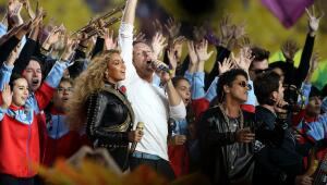 Las estrellas de la música se toman el Super Bowl