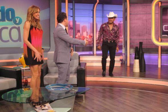 Espinoza Paz nos habló de su moda similar a la de Katy Perry y Johnny Lo...