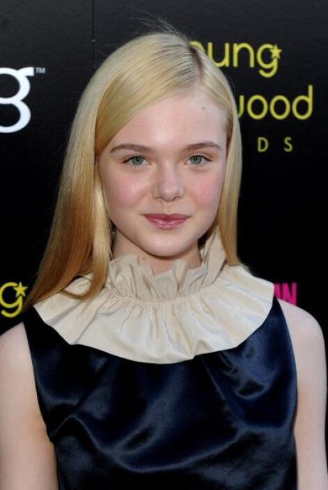 Asistió a los Young Hollywood Awards en mayo de 2011.   Aquí los videos...