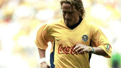Luis Hernández dejó corazones rotos en Necaxa cuando visti...