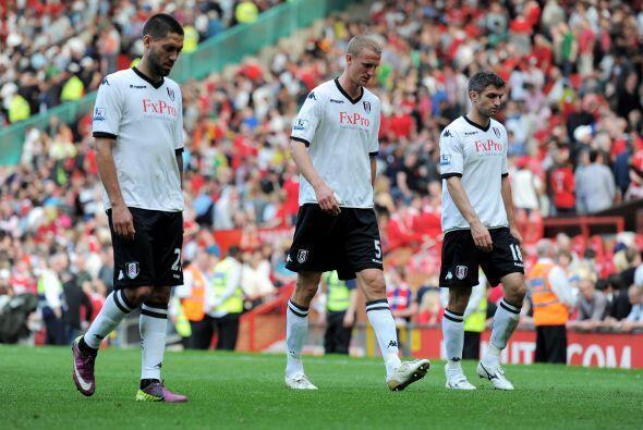 Los jugadores del Fulham, con el mexicano Salcido y el norteamericano De...