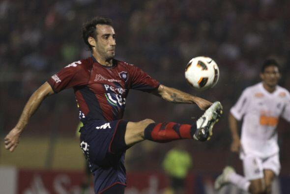 Al momento el goleador del certamen es el argentino Roberto Nanni que ju...
