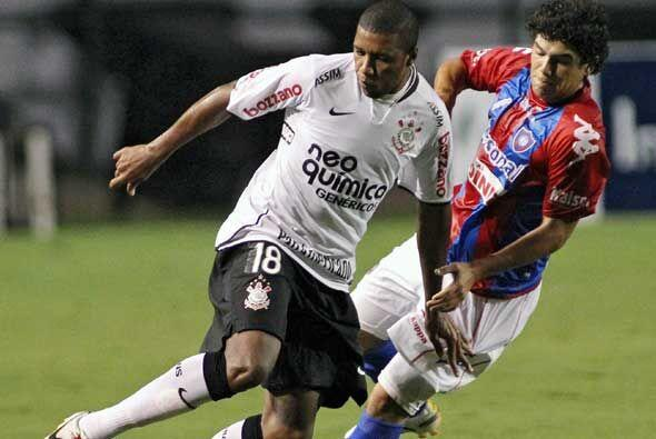 En partido del Grupo 1 de la Copa Libertadores, disputado en el Pacaembú...