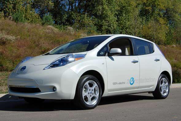Sin dudas uno de los modelos más esperados para el 2011 es el Nissan Leaf.