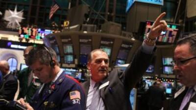 Por segunda jornada consecutiva, el mercado bursátil vaciló cuando la in...
