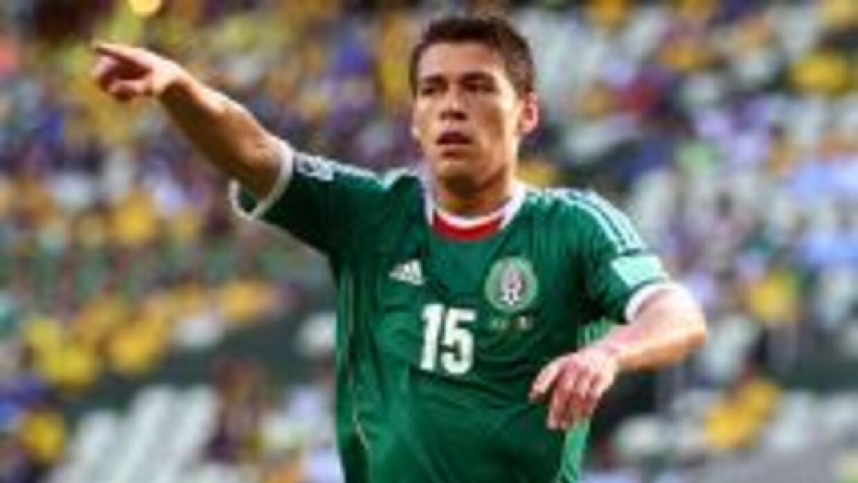 El defensor azteca sigue en la mira de diversos clubes europeos, pero lo...