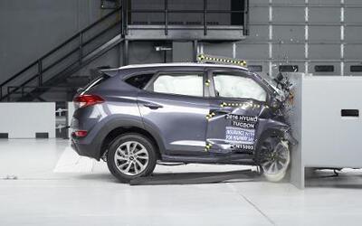Vehículos con protección para conductores pueden no ser tan seguros para...