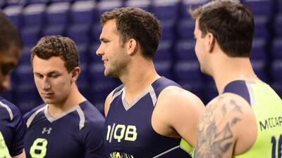 Blake Bortles fue incluido entre los candidatos a la primera selección g...