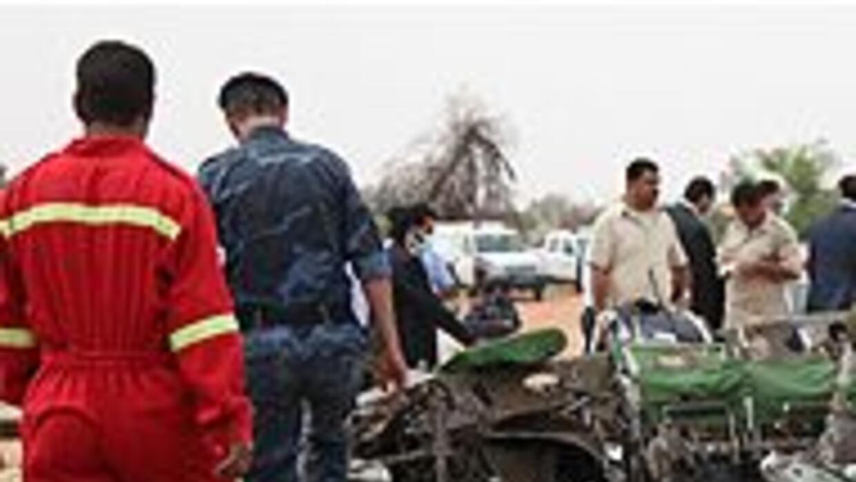 Avión con más de 100 personas a bordo se estrelló en el aeropuerto de Tr...