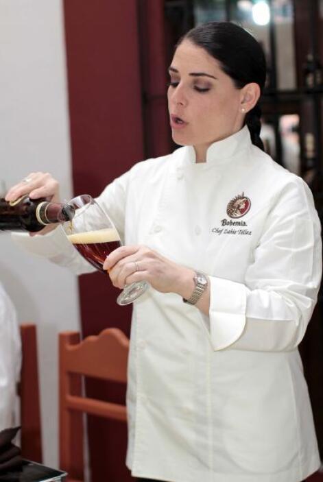 La chef Zahie Téllez, experta en cervezas y su combinación con alimentos...