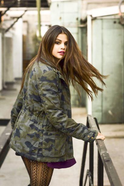Esta belleza de mujer se ha convertido en una verdadera amante de la moda.