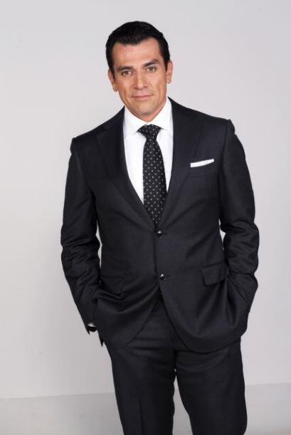 Jorge Salinas siempre luce muy guapo.