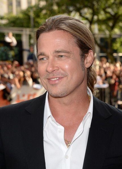 Debido a su gran trayectoria con el cabello largo, este guapo hombre ha...