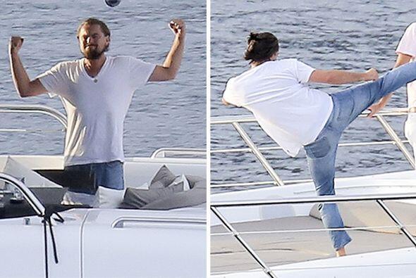 Muy relajado hemos visto a Leo estos días de verano.Mira aquí los videos...