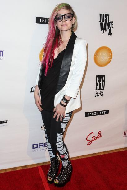 Ni bajo fianza dejaríamos salir a Avril Lavigne del calabozo en donde la...