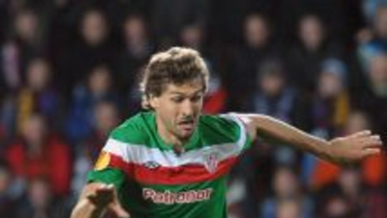 Llorente marcó uno de los goles en el triunfo de los vascos.