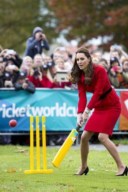 Todas quieren lucir como Kate, no importa el largo de su falda o lo alto...
