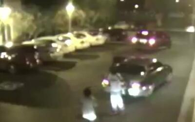 'Los Ángeles en un Minuto': buscan a dos hombres acusados de robar a una...