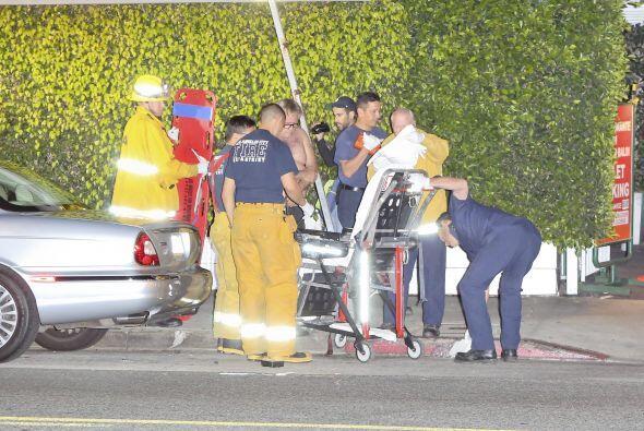 Una ambulancia llegó al lugar del incidente.