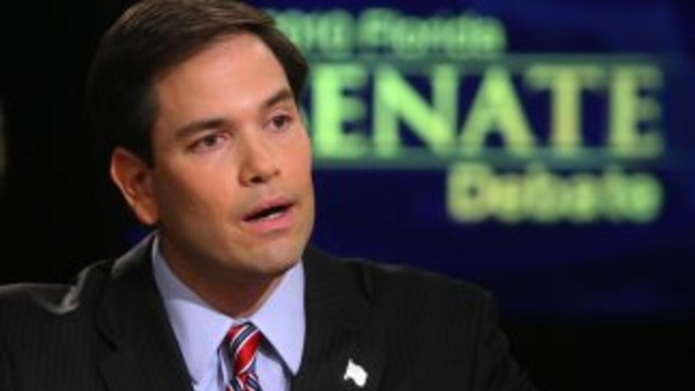 Marco Rubio, aspirante republicano al Senado federal por Florida, mantie...