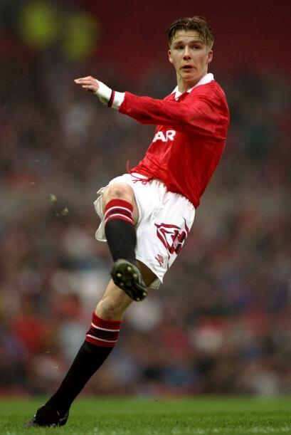 Si bien se convirtió en profesional en 1993, su debut en la Premier Leag...