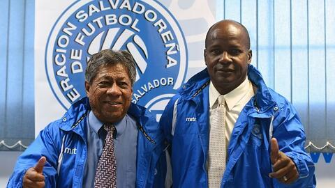Maradiaga y Yearwood (derecha), se juegan la vida con El Salvador