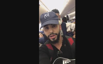 Un YouTuber bromista denuncia que fue expulsado injustamente de un vuelo...