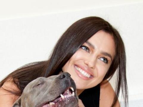 Irina Shayk no sólo es una cara bonita, eso lo sabemos porque mos...