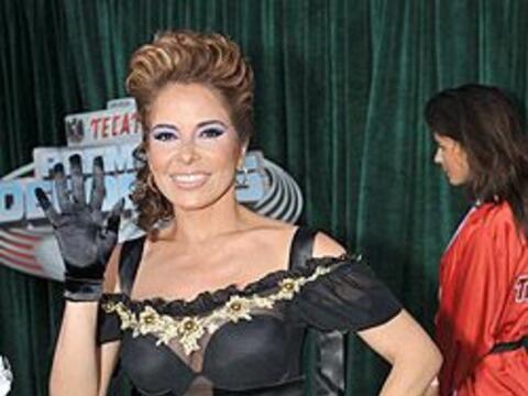 Gloria Trevi fue nominada como una de las más sexys en la alfombr...