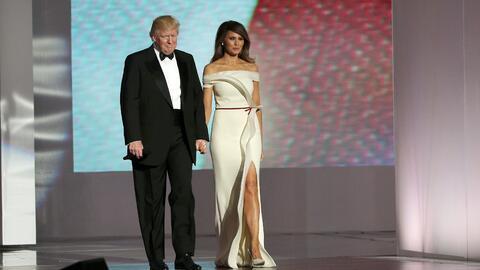 Así lucieron Donald  y Melania Trump en el baile inaugural.