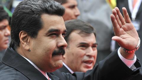 Aprueban juicio político contra el presidente Nicolás Maduro por romper...