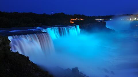 Deslúmbrate con la belleza de las cataratas del Niágara que te cautivarán.