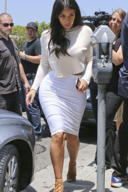 Aunque Kim tiene bien comprobado que entre menos ropa más atenci&...