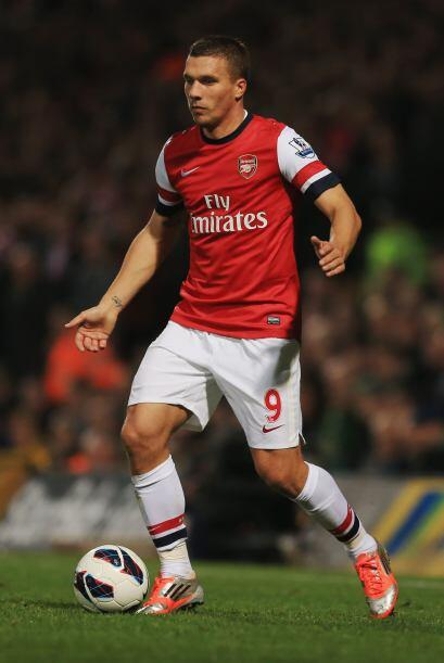 Podoloski es un futbolista alemán nacido en Polonia. Actualmente...