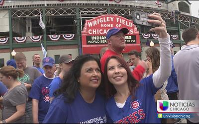 Fanáticos de los Cubs mantienen la esperanza