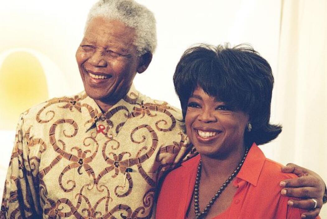 Nelson Mandela con Oprah Winfrey.