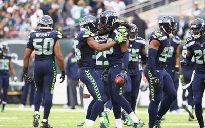 Raiders, Seahawks y Panthers, favoritos a ganar partidos muy cerrados