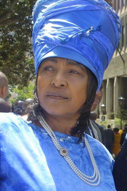 Winnie Madikizela Mandela nació en Transkei, Sudáfrica, en 1934. Procede...