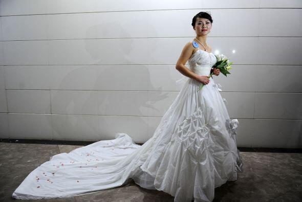 Vestido de novia de papel