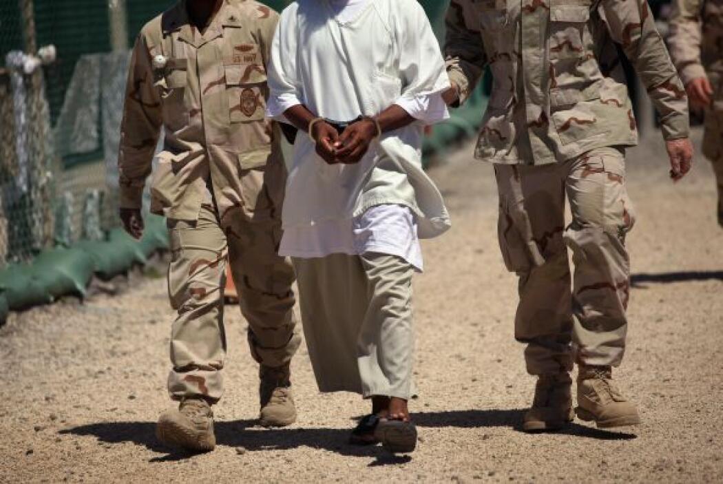 Muchos de los prisioneros fueron dejados en libertad y trasladados a otr...