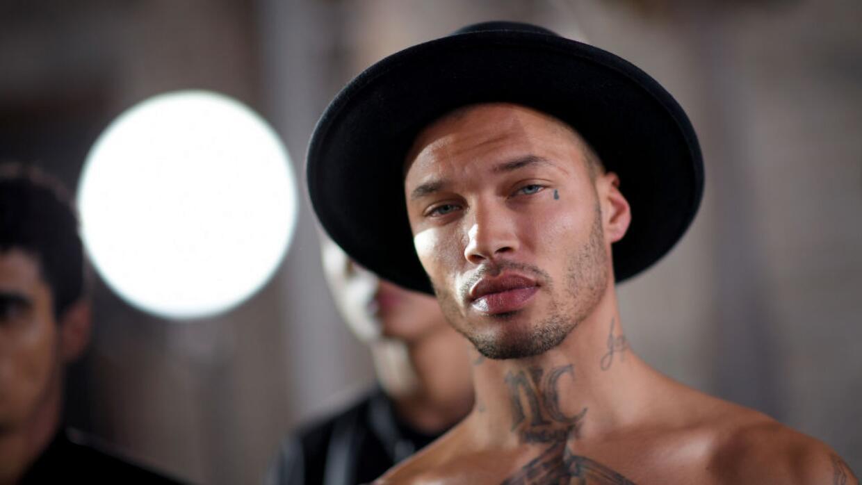 El exprisionero más bello del mundo debutó en la Semana de la Moda de Nu...