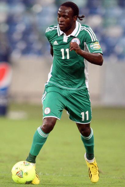 Victor Moses:Más que futbolista este nigeriano parece rapero o basquetbo...