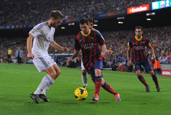 El Barcelona siguió dominando. El Madrid no hizo un buen primer tiempo.